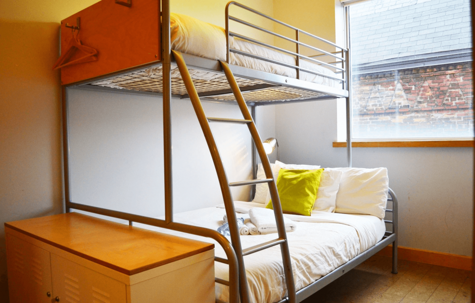 Toronto Hostel Double + Single Bed Private Room