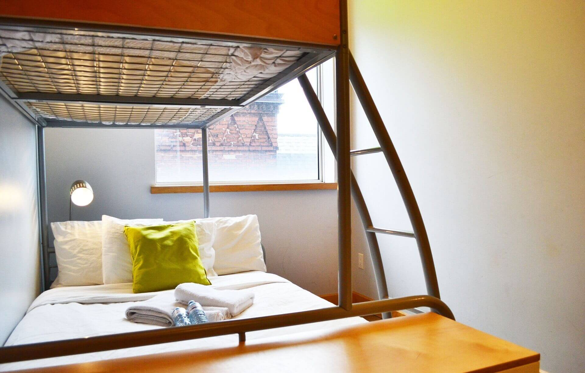 Double + Single Bed Private Room