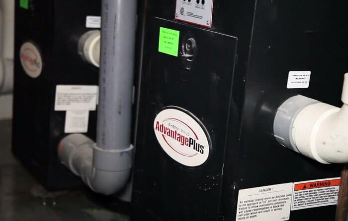 Geothermal heat pump - Planet Traveler Hostel Toronto